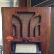 Radios de válvulas: RADIO PHILIPS OCTODE SUPER 525A (1935). Lote 67221133