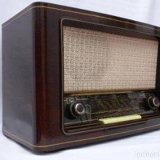 Radios de válvulas: ANTIGUA RADIO DE VÁLVULAS SABA VILLINGEN WIII, MAGNIFICO ESTADO (VER FOTOS).. Lote 157007044