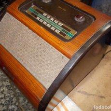 Radios de válvulas: RADIO PHILCO FUNCIONANDO. Lote 67741889