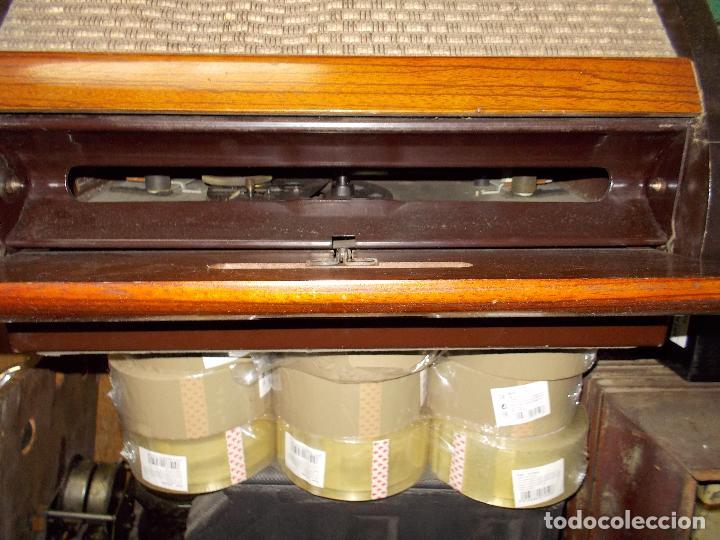 Radios de válvulas: Radio philco funcionando - Foto 8 - 67741889
