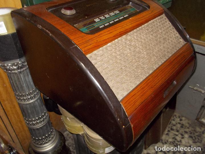 Radios de válvulas: Radio philco funcionando - Foto 11 - 67741889
