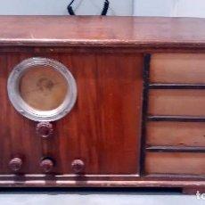 Radios de válvulas: RADIO DE MADERA PHILCO FUNCIONANDO. Lote 69270137