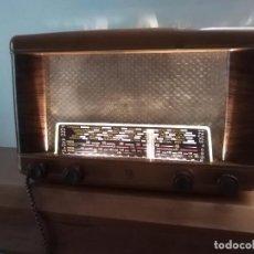 Radios de válvulas: RADIO A VALVULAS PHILIPS FUNCIONADO. Lote 69671729