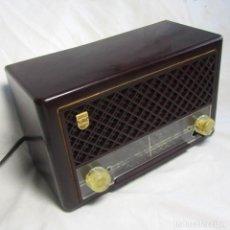 Radios de válvulas: RADIO DE VÁLVULAS PHILIPS DE BAQUELITA. Lote 71616955