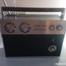 Radios de válvulas: ZENITH (ROYAL-2000) AÑOS 50/60. Lote 71970779