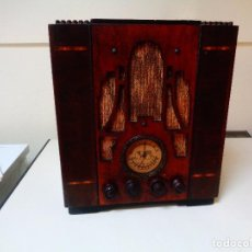 Radios de válvulas: RADIO MADERA SEMI CAPILLA AMERICANO. Lote 78902757
