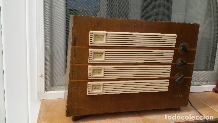RADIO DE VALVULAS EKCO (Radios, Gramófonos, Grabadoras y Otros - Radios de Válvulas)