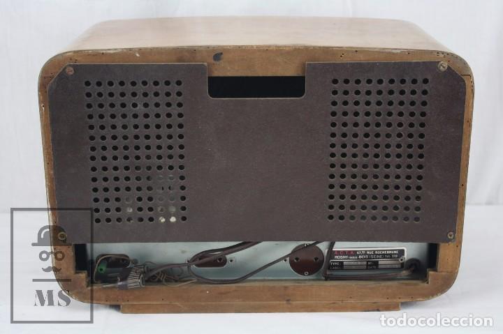 Radios de válvulas: Antigua Radio de Válvulas Francesa - Verde, Dorado y Carcasa de Madera - Años 40-50 - Restauración - Foto 3 - 80987872