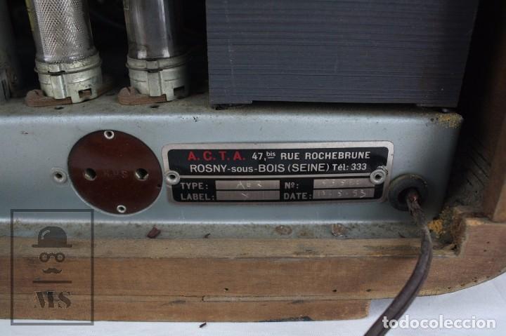 Radios de válvulas: Antigua Radio de Válvulas Francesa - Verde, Dorado y Carcasa de Madera - Años 40-50 - Restauración - Foto 5 - 80987872