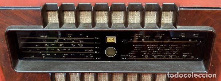 Radios de válvulas: RADIO A VALVULAS MARCONI M-49. FINALES DE LOS AÑOS 40 - Foto 3 - 85045128