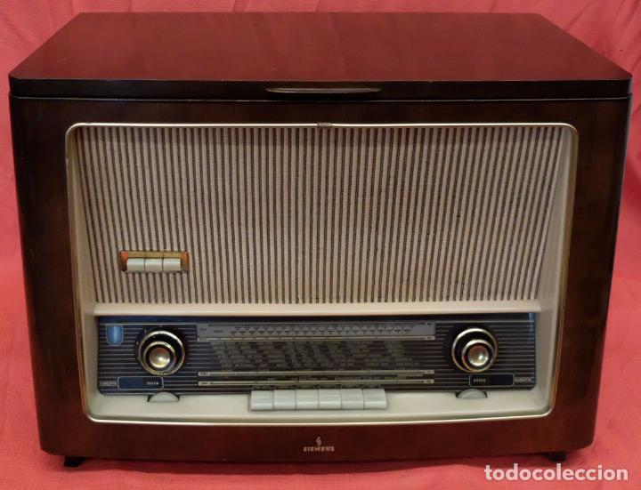 RADIO TOCADISCOS SIEMENS PHONOSUPER K7. FINALES DE LOS AÑOS 50 (Radios, Gramófonos, Grabadoras y Otros - Radios de Válvulas)