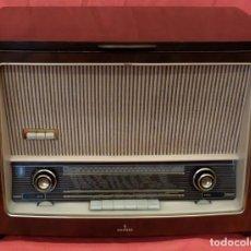 Radios de válvulas: RADIO TOCADISCOS SIEMENS PHONOSUPER K7. FINALES DE LOS AÑOS 50. Lote 85045564