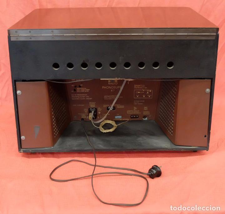 Radios de válvulas: RADIO TOCADISCOS SIEMENS PHONOSUPER K7. FINALES DE LOS AÑOS 50 - Foto 6 - 85045564