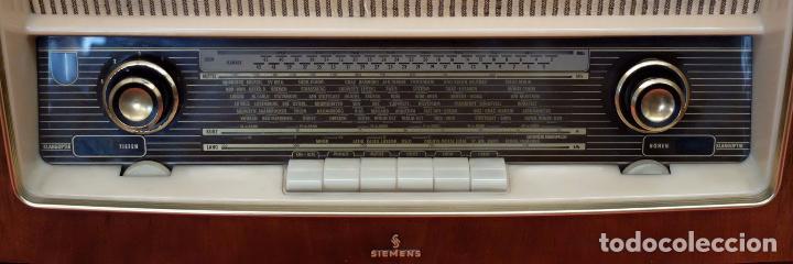 Radios de válvulas: RADIO TOCADISCOS SIEMENS PHONOSUPER K7. FINALES DE LOS AÑOS 50 - Foto 8 - 85045564
