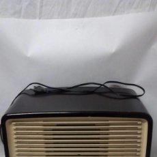 Radios de válvulas: RADIO BAQUELITA MARCA PHILIPS. Lote 88158104