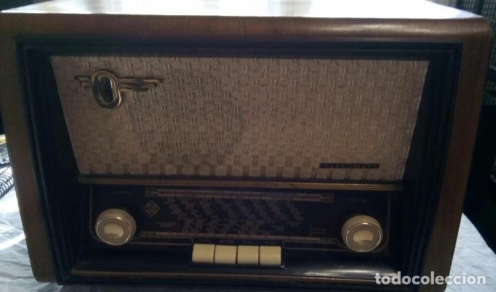 RADIO TELEFUNKEN, MODELO CAMPANELA U-1546 (Radios, Gramófonos, Grabadoras y Otros - Radios de Válvulas)