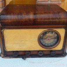 Radios de válvulas: ANTIGUA RADIO TOCADISCOS PHILIPS DE VÁLVULAS. Lote 88344644