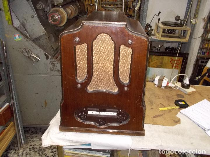 RADIO COLUMBIA (Radios, Gramófonos, Grabadoras y Otros - Radios de Válvulas)