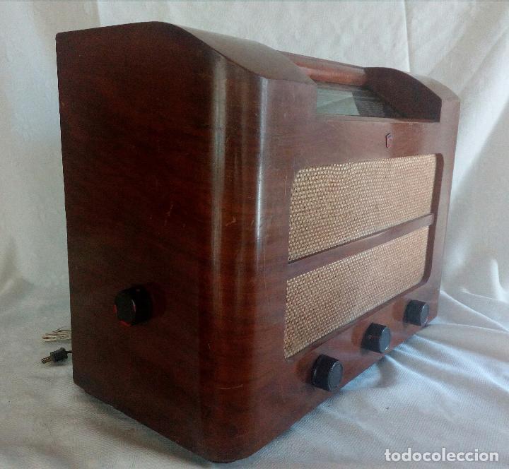 Radios de válvulas: ANTIGUA RADIO PHILIPS ( FABRICADA EN HOLANDA ) FUNCIONANDO. - Foto 2 - 90851670