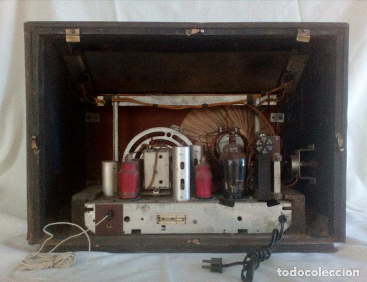Radios de válvulas: ANTIGUA RADIO PHILIPS ( FABRICADA EN HOLANDA ) FUNCIONANDO. - Foto 7 - 90851670