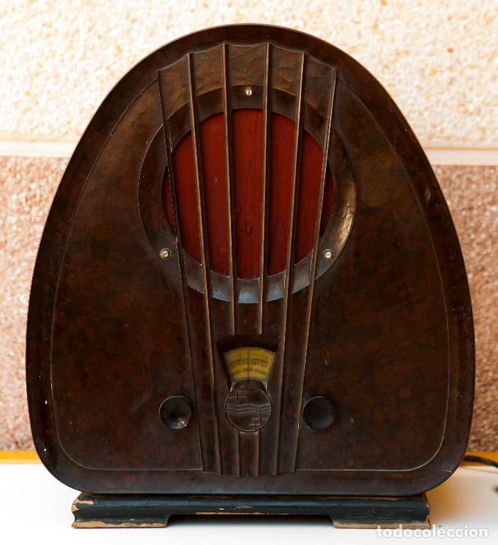 ESPECTACULAR RADIO DE VÁLVULAS PHILIPS 834 AS, RADIO CAPILLA, FUNCIONANDO. AÑO 1933 (Radios, Gramófonos, Grabadoras y Otros - Radios de Válvulas)