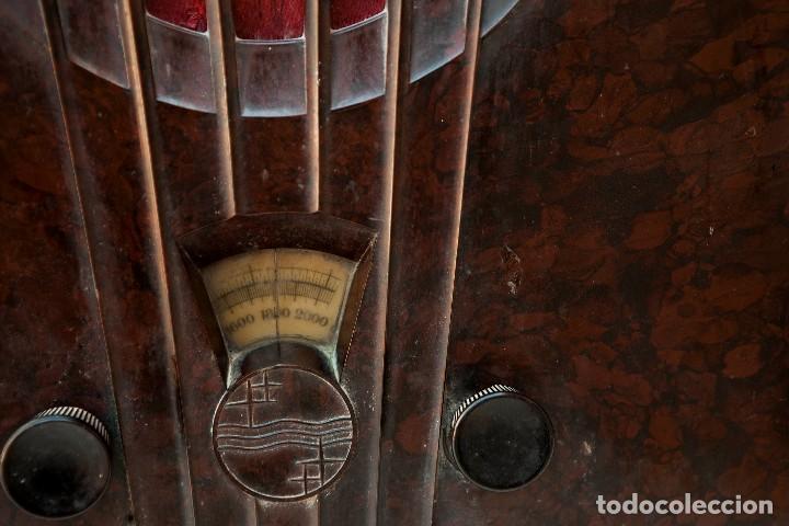 Radios de válvulas: ESPECTACULAR RADIO DE VÁLVULAS PHILIPS 834 AS, RADIO CAPILLA, FUNCIONANDO. AÑO 1933 - Foto 6 - 92455190
