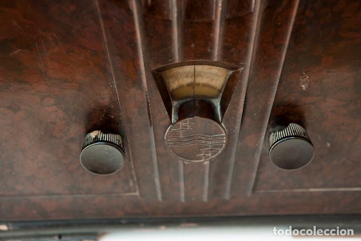 Radios de válvulas: ESPECTACULAR RADIO DE VÁLVULAS PHILIPS 834 AS, RADIO CAPILLA, FUNCIONANDO. AÑO 1933 - Foto 7 - 92455190