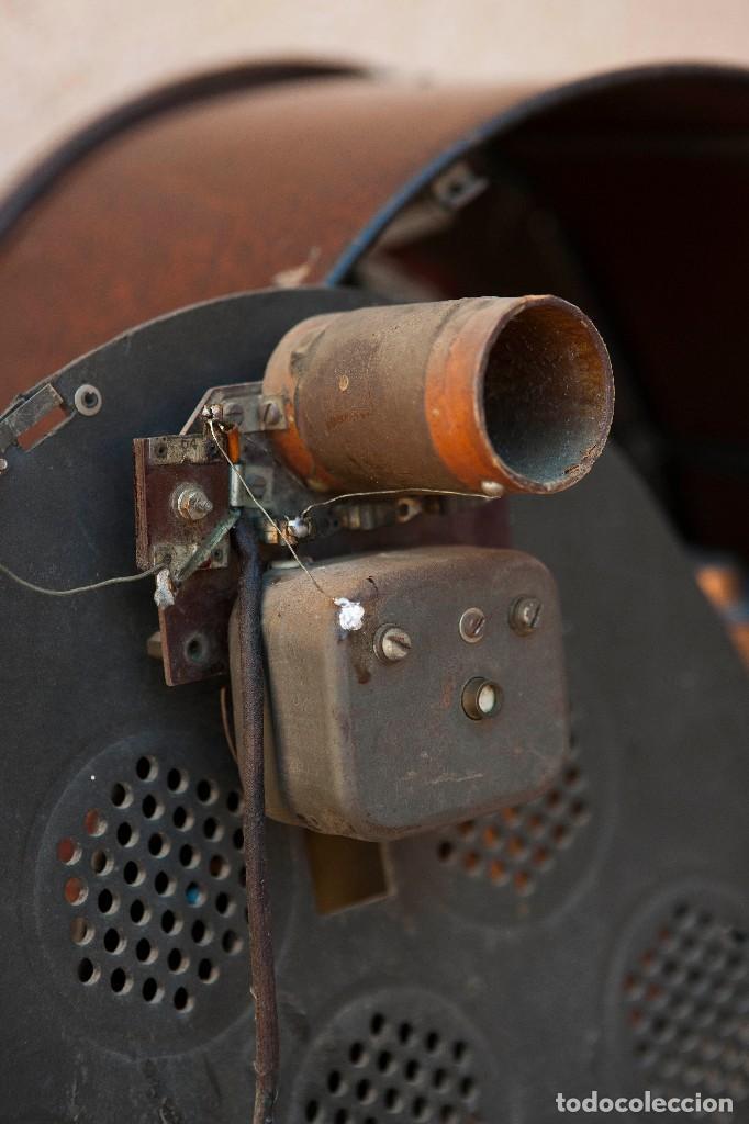 Radios de válvulas: ESPECTACULAR RADIO DE VÁLVULAS PHILIPS 834 AS, RADIO CAPILLA, FUNCIONANDO. AÑO 1933 - Foto 21 - 92455190