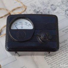 Radios de válvulas: VOLTIMETRO. REGULADOR DE TENSION. MARCA LUAL. Lote 93945060