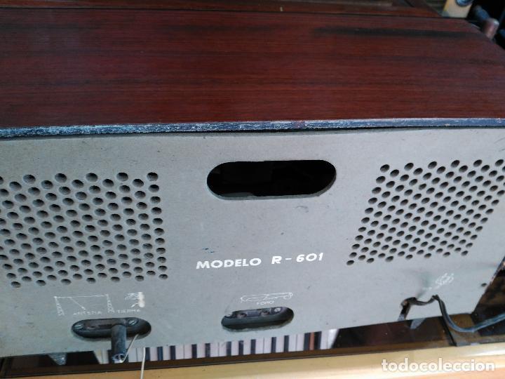 Radios de válvulas: ANTIGÜA RADIO DE VALVULAS MARCA VENMAR FUNCIONANDO - Foto 5 - 94811123
