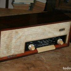 Radios de válvulas: MUY BONITA RADIO DE VÁLVULAS TUNGSRAM 4500, NO FUNCIONA, PARA DECORACION O PARA REPARAR. Lote 116833796
