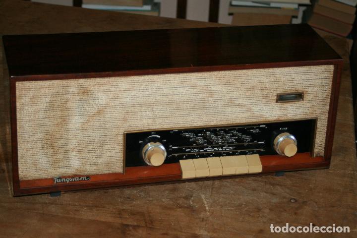 Radios de válvulas: Muy bonita Radio de válvulas Tungsram 4500, no funciona, para decoracion o para reparar - Foto 12 - 116833796