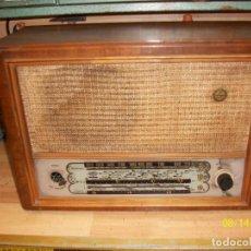 Radios de válvulas: CAJA DE MADERA DE RADIO OPTIMUS MODELO 520. Lote 95545563