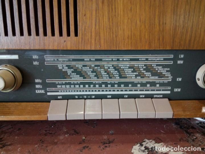 Radios de válvulas: Radio alemana GRAETZ KOMTESS año 1965-66. - Foto 2 - 95833639