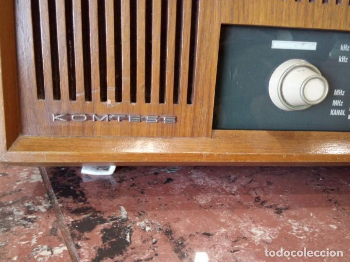Radios de válvulas: Radio alemana GRAETZ KOMTESS año 1965-66. - Foto 3 - 95833639