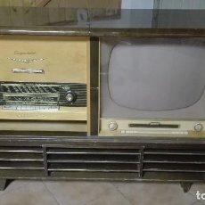 Radios de válvulas: MUEBLE RADIO TELEVISOR TOCADISCOS MAGNETOFÓN. Lote 98155570