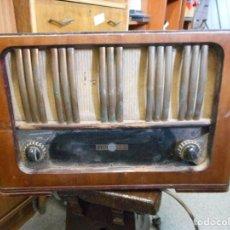 Radios de válvulas: ANTIGUA RADIO LA VOZ DEL MUNDO. Lote 95890271