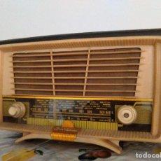 Radios de válvulas: RADIO ANTIGUA ESPAÑOLA A VALVULAS FUNCIONA. Lote 96295091