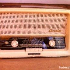 Radios de válvulas: RADIO TELEFUNKEN CON FM. Lote 97224231