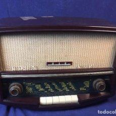 Radios de válvulas: RADIO PHILIPS INTERPHONE VÁLVULAS CAJA BAQUELITA 4 ONDA CORTA BOTONERA SINTONIZADOR FRANCIA 1960. Lote 97842638
