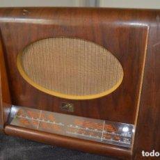 Radios de válvulas: RADIO LA VOZ DE SU AMO. MOD. 1122 ORIGINAL Y FUNCIONANDO AÑOS 50. Lote 98682403
