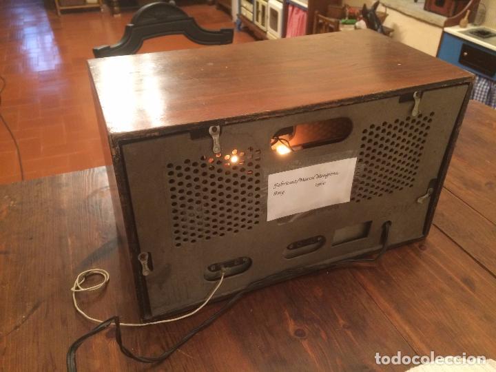Radios de válvulas: Antigua radio de Valvula marca Rengrena de los años 60 con caja de madera en color claro FUNCIONANDO - Foto 4 - 99870111