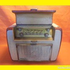 Radios de válvulas: ANTIGUA RADIO FRANCESA AÑO 1959 A VÁLVULAS RADIO L.L. MODELO: SUPER RALLYE 55 PS (LUCIEN LEVY, LL R. Lote 99974027