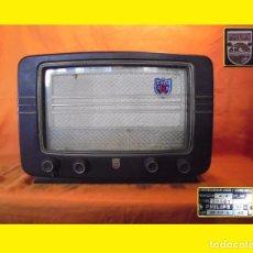Radios de válvulas: PHILIPS COMPLETA AÑO 1953 ANTIGUO RADIO A VÁLVULAS ESPAÑOLA BE-331-A - PHILIPS IBERICA S.A.E. MADRID. Lote 100372843