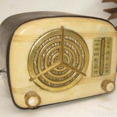 Radios de válvulas: MICRO RADIO MERCEDES MAGESTICO PUJALS BARCELONA BAKELITA ANTIGUA VALVULAS TIPO GNOMO O PULGARCITO. Lote 100457883