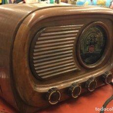 Radios de válvulas: ESPECTACULAR RADIO DE MADERA MARCA ANCAR, PRECIOSA. IDEAL DECORACIÓN. VER MEDIDAS. Lote 100634751