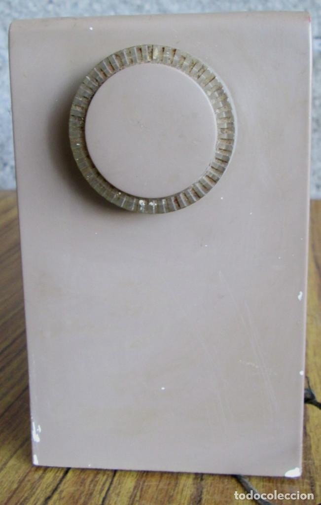 Radios de válvulas: RADIO RCA VICTOR -- De plástico – baquelita - Foto 3 - 100771955