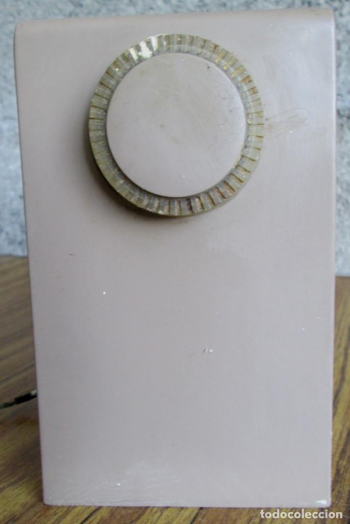 Radios de válvulas: RADIO RCA VICTOR -- De plástico – baquelita - Foto 7 - 100771955