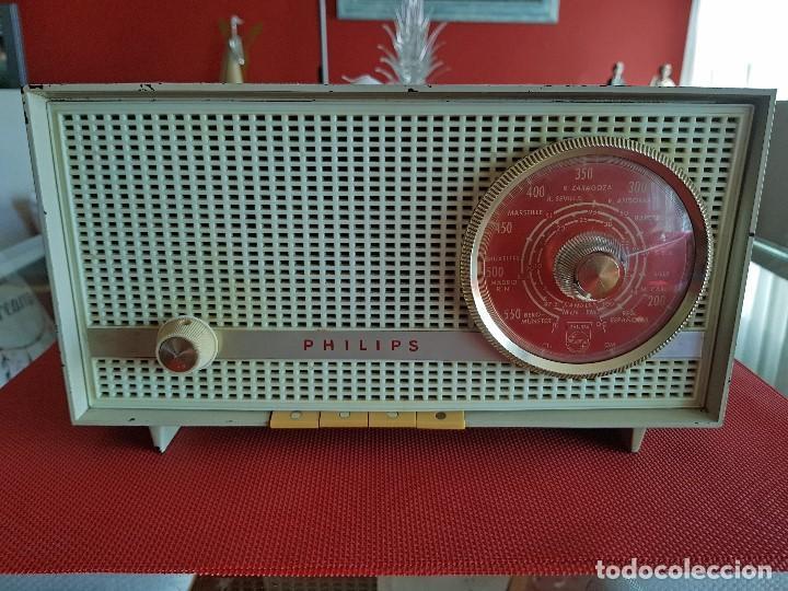 ANTIGUA RADIO DE VALVULAS PHILIPS ( FUNCIONANDO) (Radios, Gramófonos, Grabadoras y Otros - Radios de Válvulas)