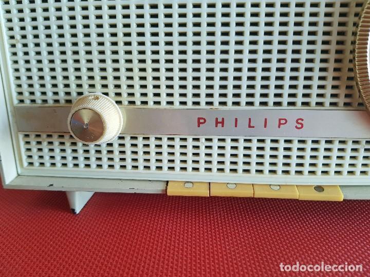 Radios de válvulas: ANTIGUA RADIO DE VALVULAS PHILIPS ( FUNCIONANDO) - Foto 3 - 102074027